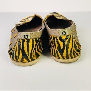 MIZZOU Custom Painted Flat Canvas Shoes Sz 8 5